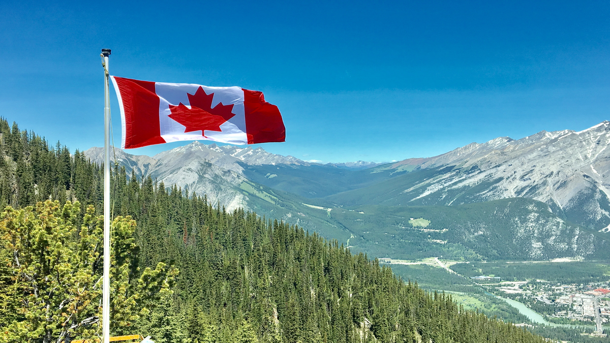 Canadian flag | how to move to Canada